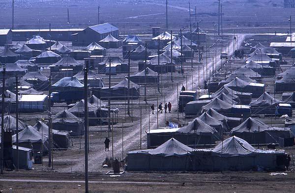 Campo de refugiados chechenos em Inguchétia