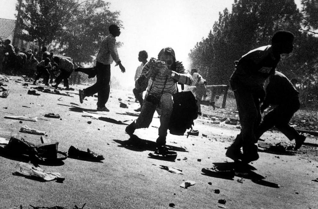 Kevin Carter fotografando na África do Sul