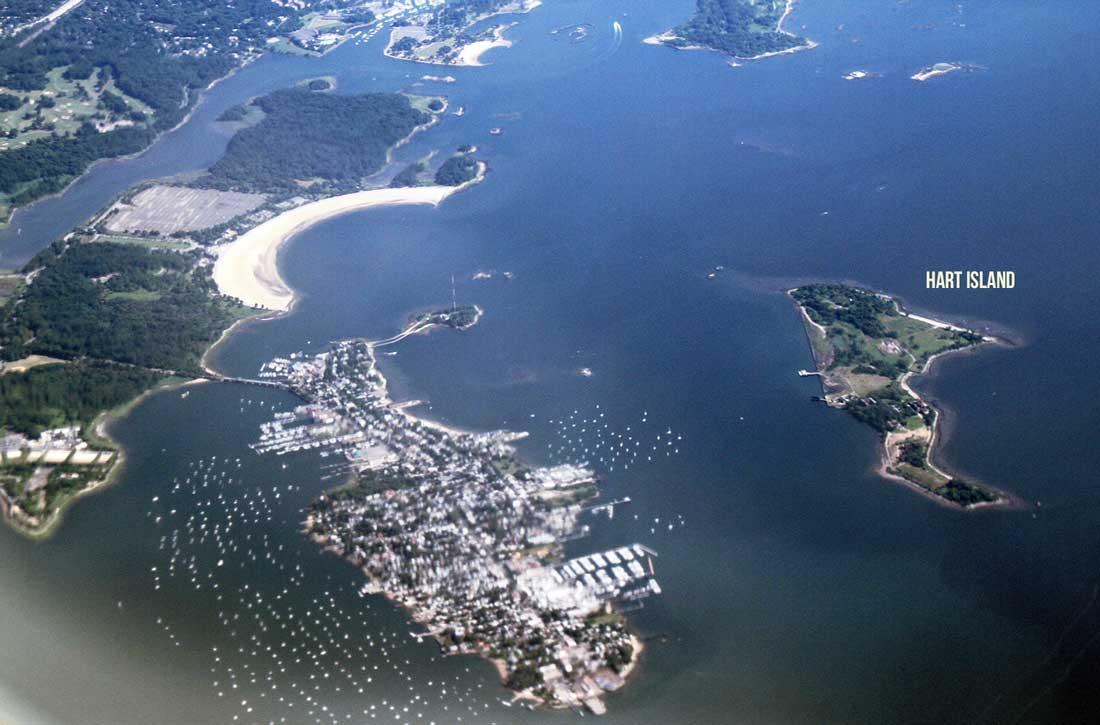 Hart_Island