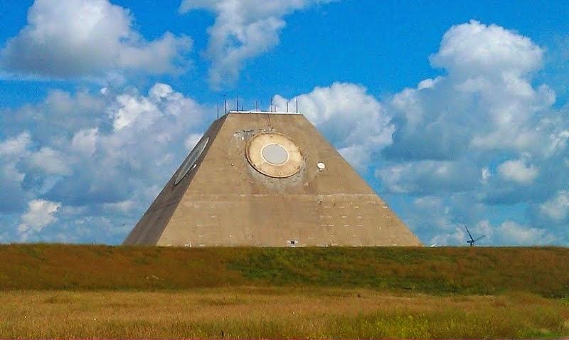 Crédito da foto: http://www.panoramio.com/photo/102849087