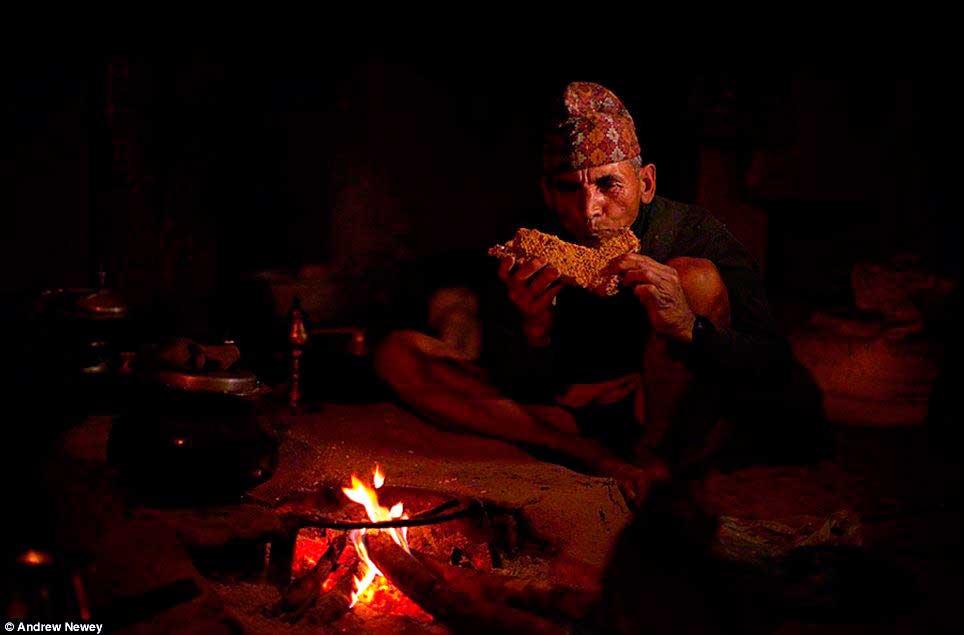 cacadores-de-mel-nepal05