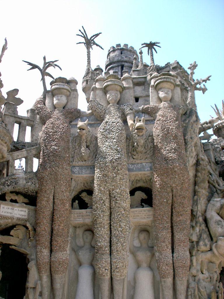 Palais Ideal, o castelo dos sonhos de um carteiro