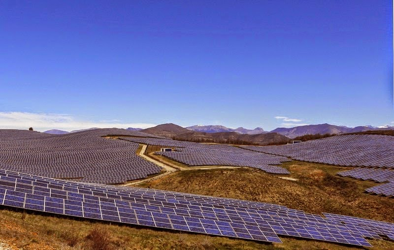 les-mees-solar-farm09