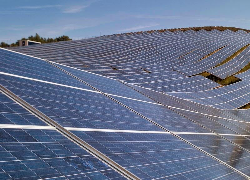 les-mees-solar-farm11