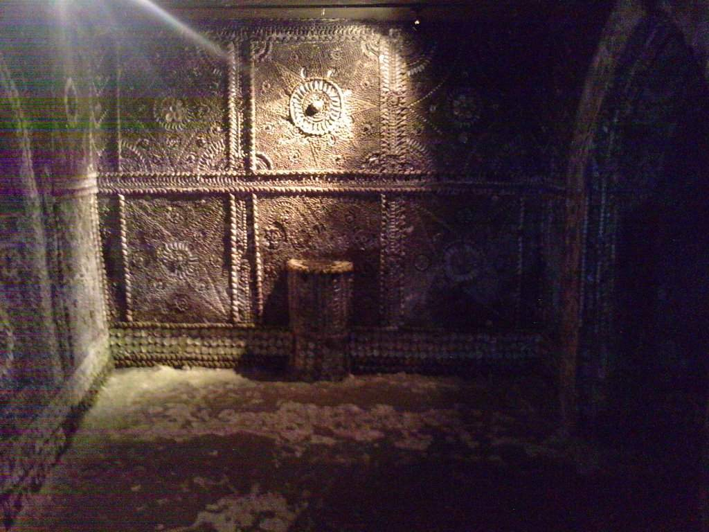 shell-Grotto_04