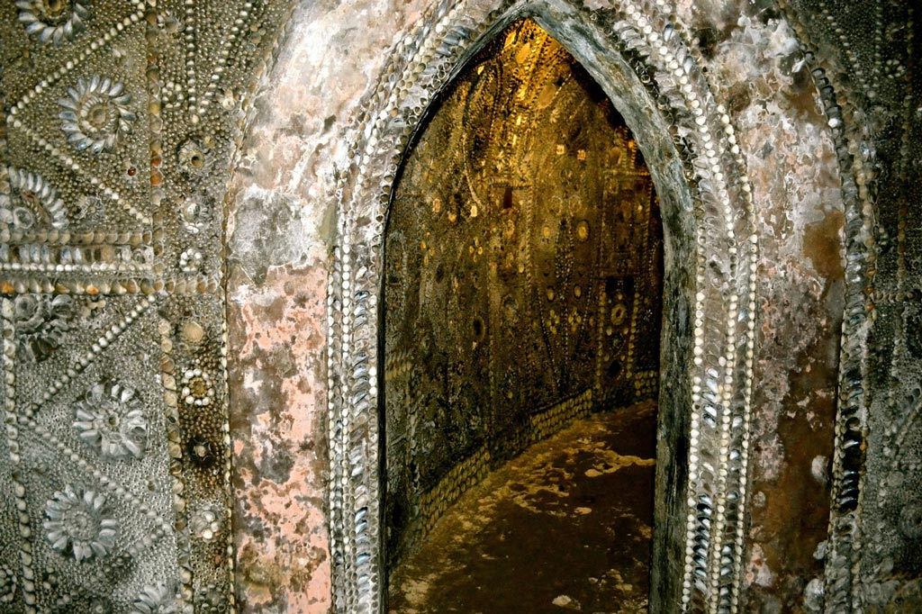 shell-Grotto_15