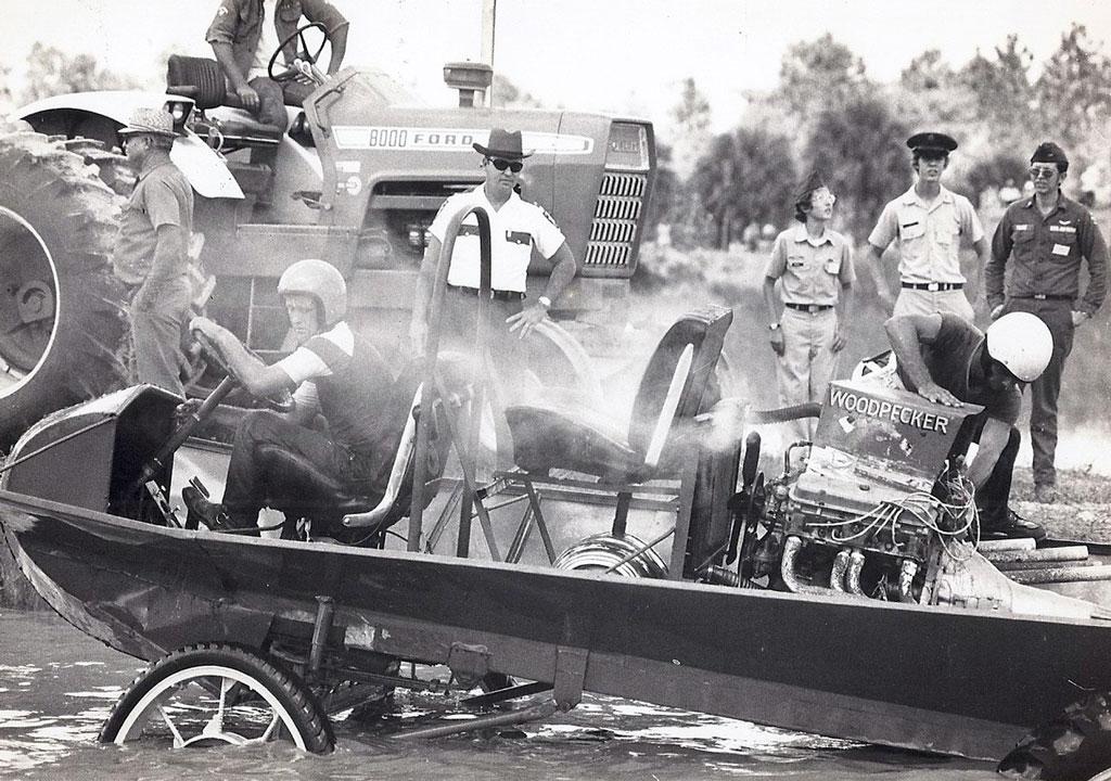 As malucas corridas de buggy do pântano