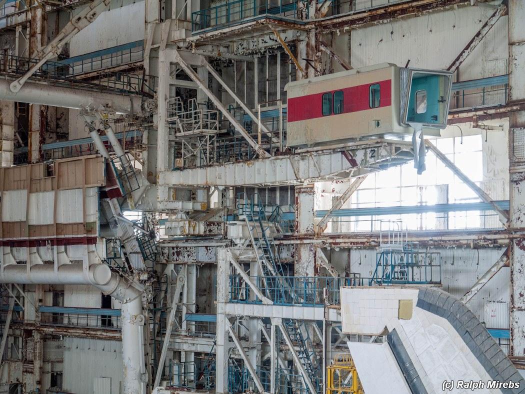 onibus-espacial-abandonado-010