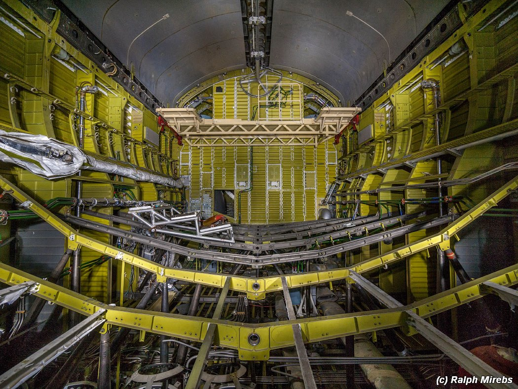 onibus-espacial-abandonado-031