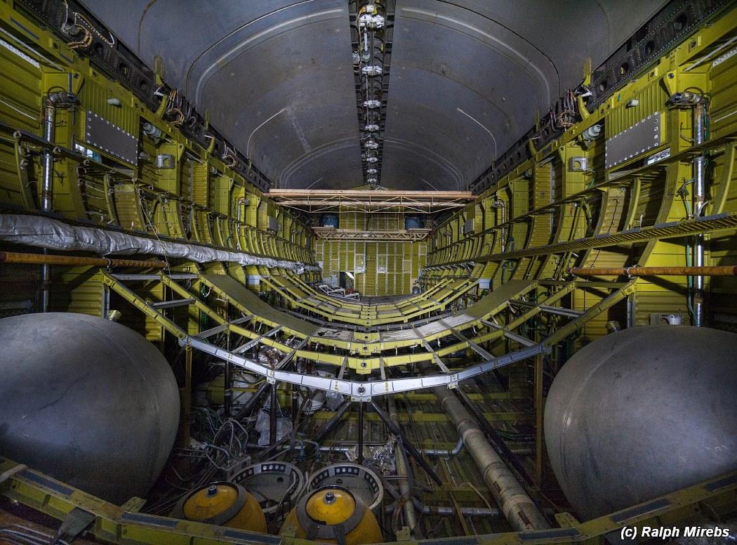onibus-espacial-abandonado-032