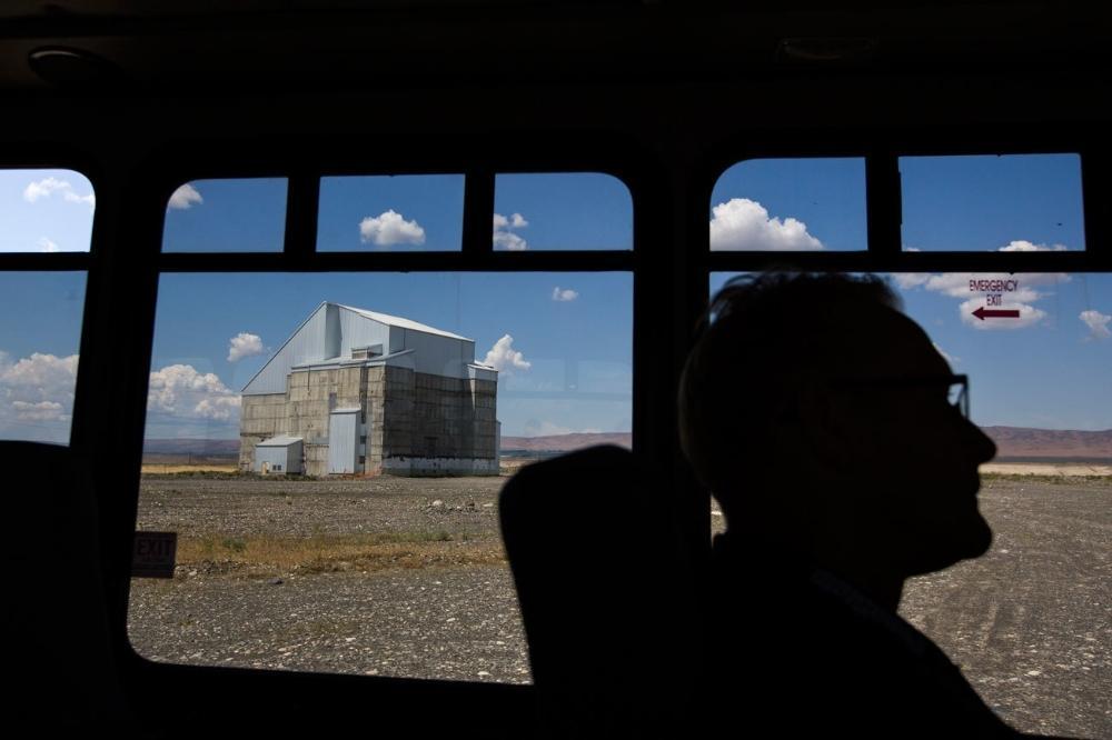 O núcleo radioativo do Reator DR em Hanford Site, um dos nove reatores nucleares construídos a fim de produzir plutônio para armas nucleares, agora está encapsulado em concreto.