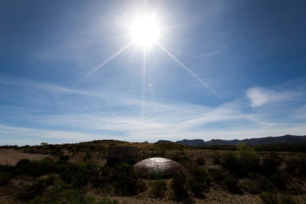 A doma de um ponto de lançamento abandonado de um míssil intercontinental Titan II no deserto de Vail, Arizona.