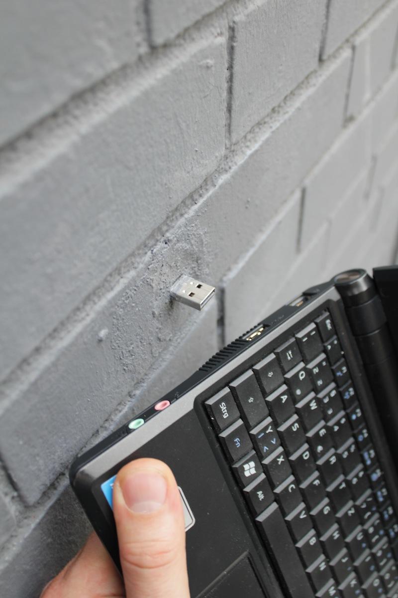 pen-drive-escondidos-pelo-mundo-001
