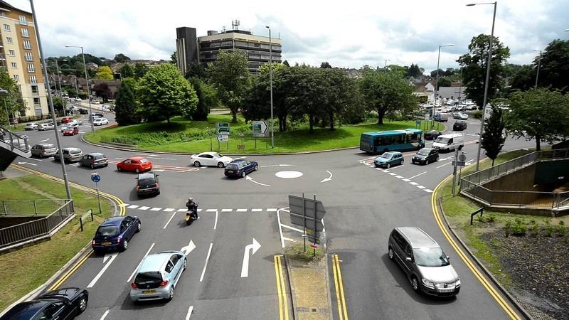 Outra rotatória das chamadas The Magic Roundabout em . | Crédito da foto