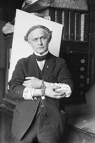 Houdini e suas inseparáveis algemas