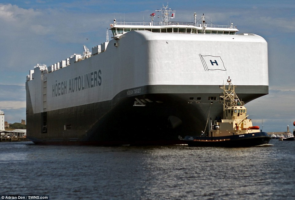 navio-hoegh-autoliners_001