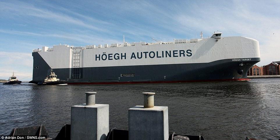 navio-hoegh-autoliners_004