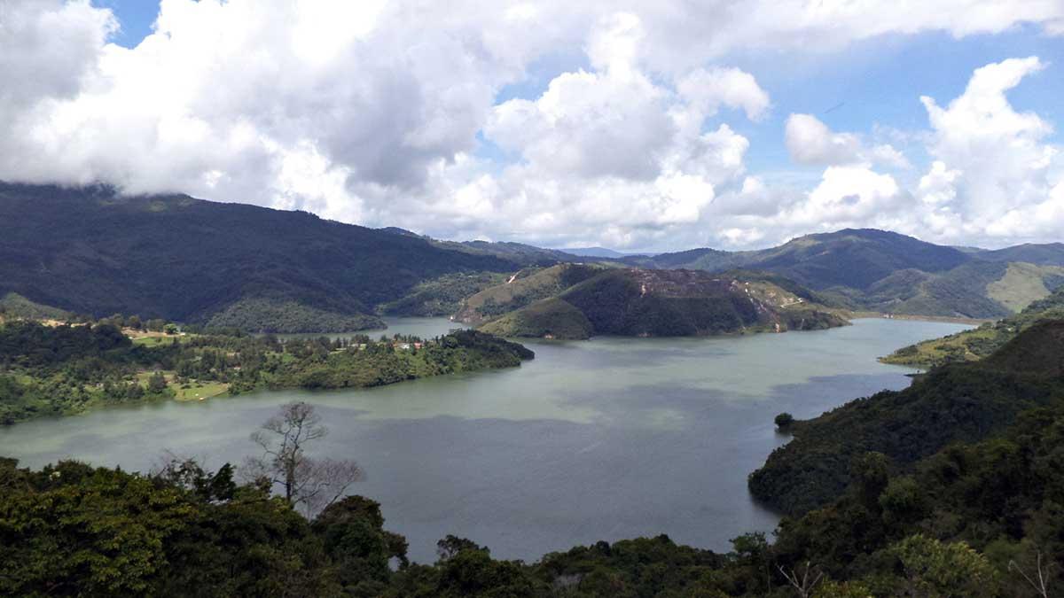 Reservatório Uribante ates das secas em 2008